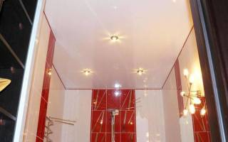 Какой потолок сделать в ванной и туалете